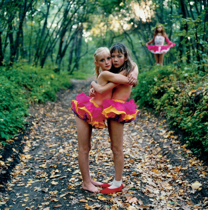 Michal Chelbin - Xenia, Janna and Alona, Russia (2003)