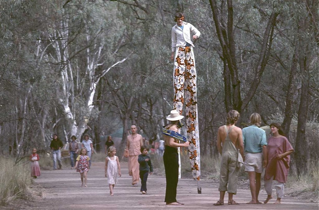 Ray Harris - Down to Earth Confest, Berri, SA - Stilts (1979)