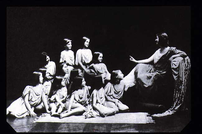 Photographer Unknown - Duncan with her students at Le Theatre (1909)