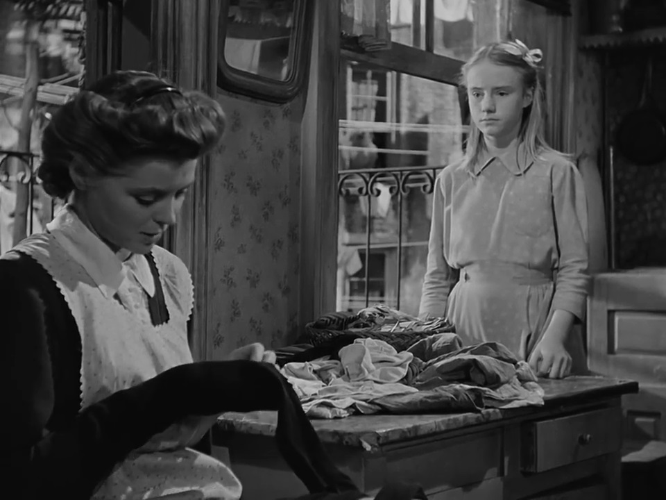 Betty Smith and Elia Kazan - A Tree Grows in Brooklyn (1945) (2)