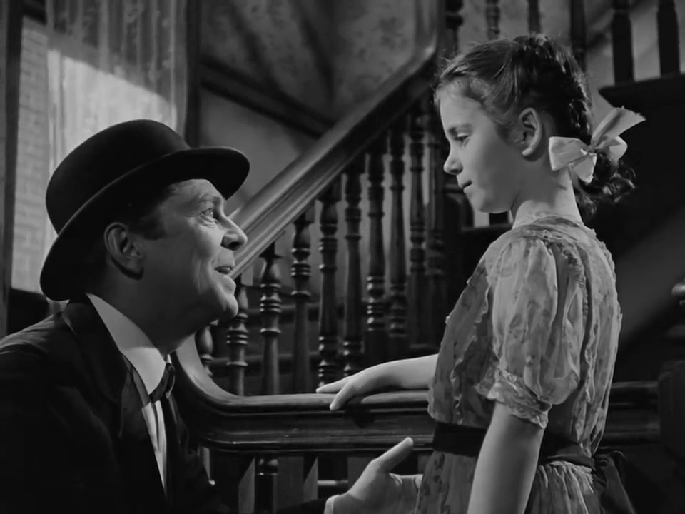 Betty Smith and Elia Kazan - A Tree Grows in Brooklyn (1945) (5)