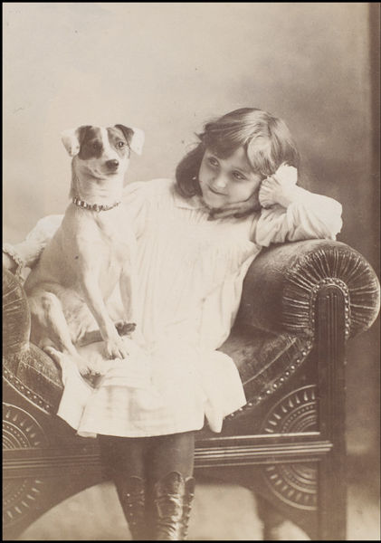 Elliott & Fry - Minnie Terry with a dog (undated)