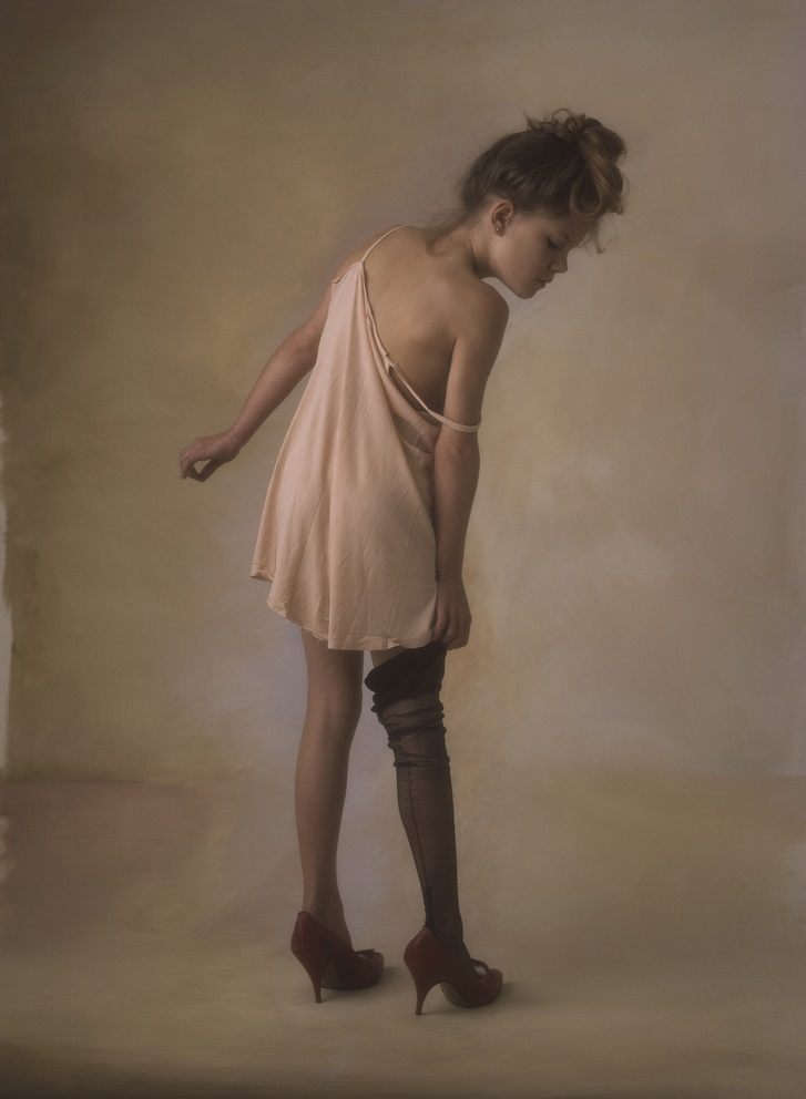 François Gillet – Girl with black stocking (1981)