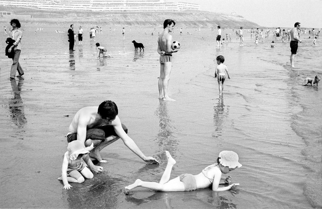 David Hurn - Miners' Week at Barry Island
