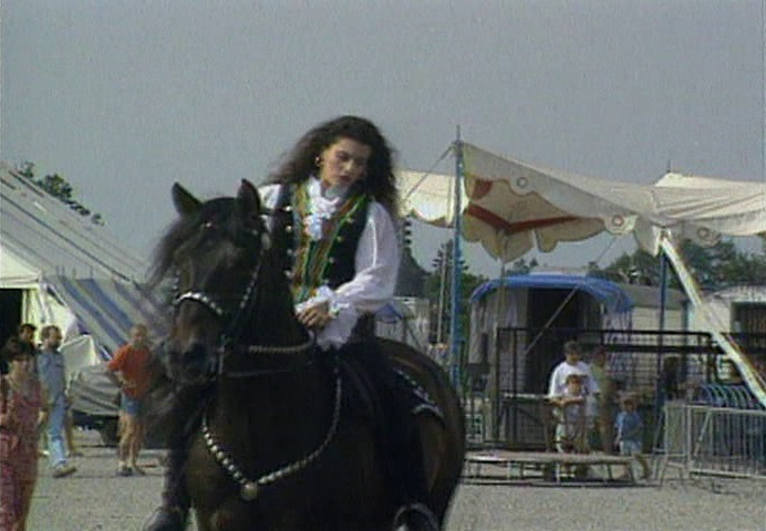 Roland Blum - Horses of the World: Free Dressage in the Circus Ring (1996) (2)