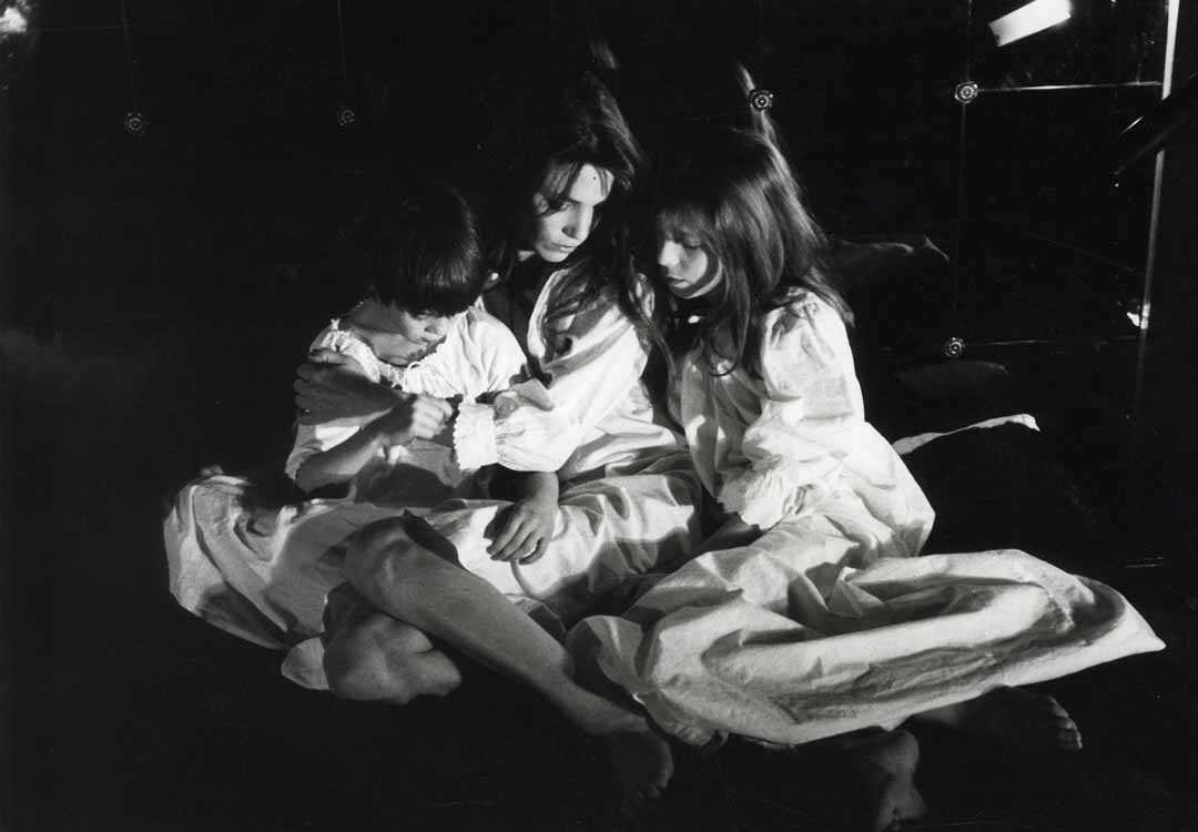 Giancarlo Botti - Jane Birkin with Kate and Charlotte
