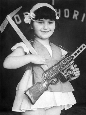 Bettmann - Albanian Girl Commemorating International Children's Day (1968)