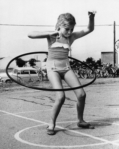 Bettmann - Girl Twirling Hula Hoop (1958)